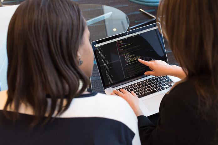 Jak dopasować system business intelligence do potrzeb firmy